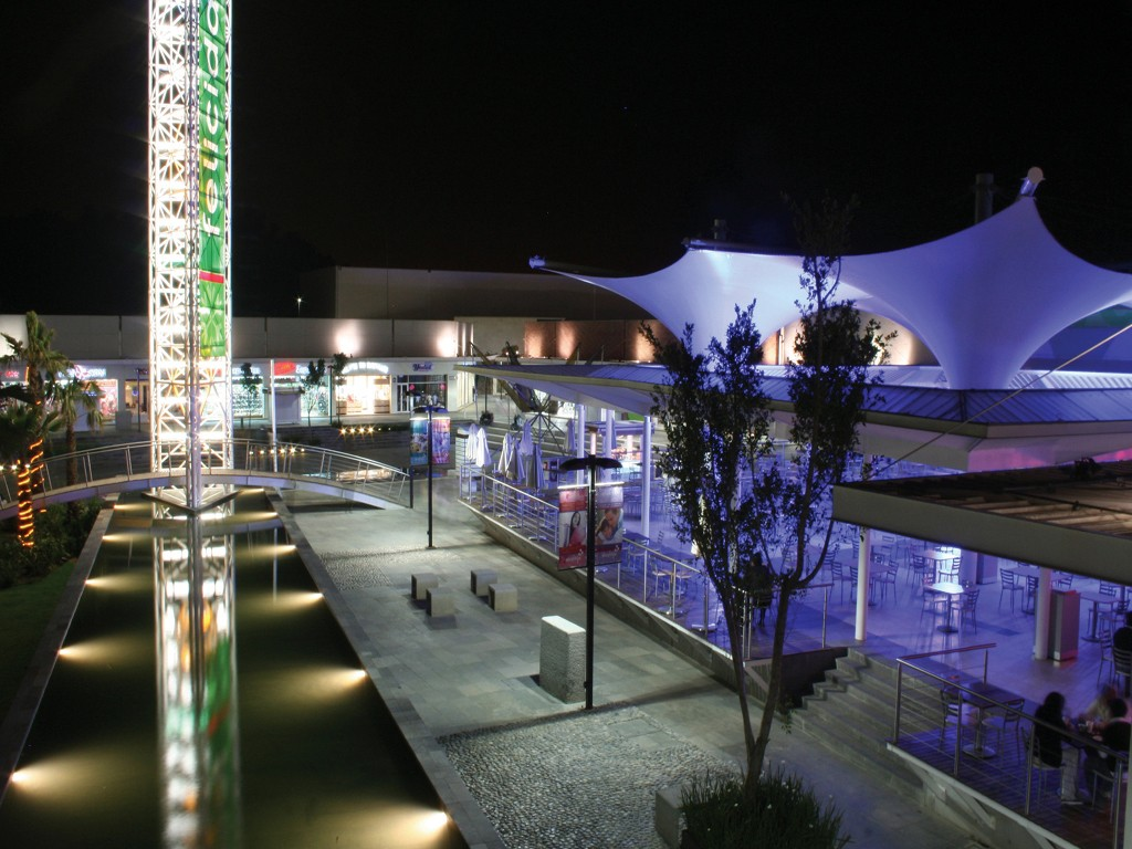 Night view of El Cortijo shopping mal in Itztapaluca, Mexico.