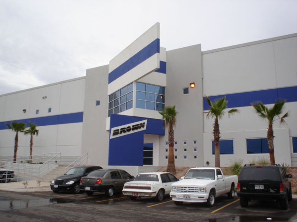Eye level shot of Brown facility in Hermosillo, Sonora.