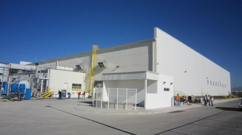 Eye level shot of Alen Industries facility in Mexicali, Baja California.