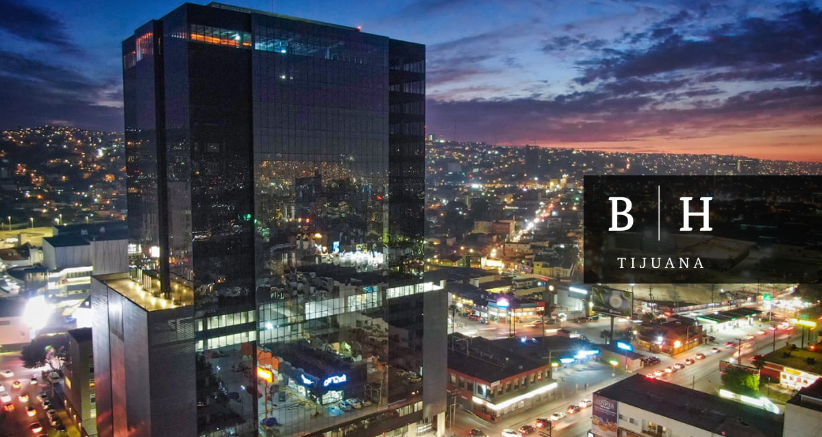 bh tijuana building view at night
